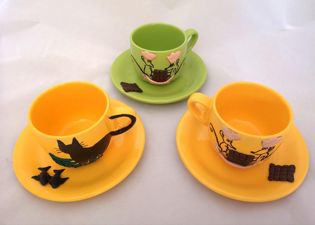 Ръчно рисувани чаши с чинийка