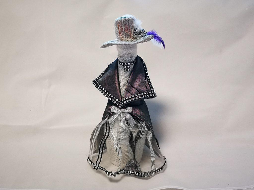 Облечена бутилка - принцеса