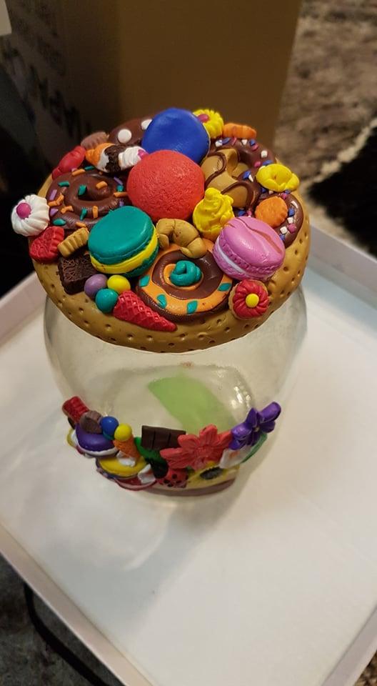 Голям буркан за сладки